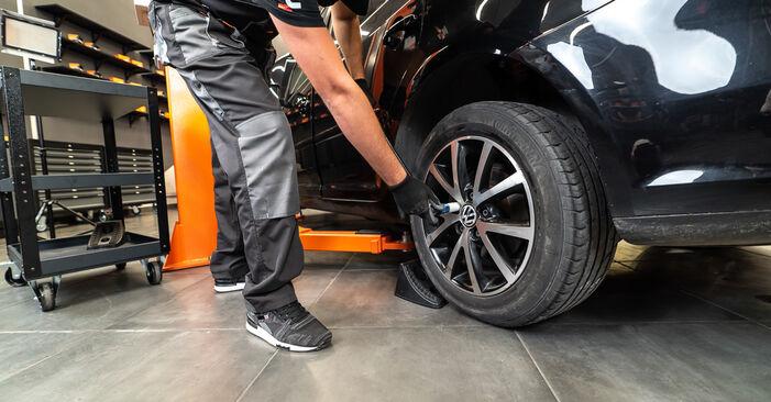 Touran 1t3 2.0 TDI 2012 Pastiglie Freno sostituzione: manuali dell'autofficina
