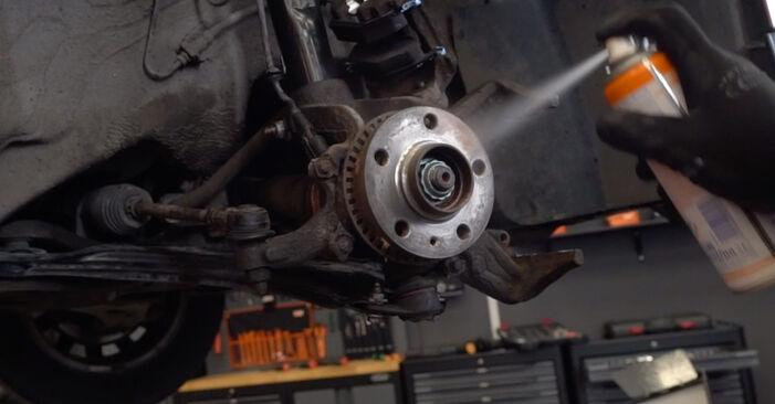 Austauschen Anleitung Bremsscheiben am Audi A3 8l1 1998 1.9 TDI selbst