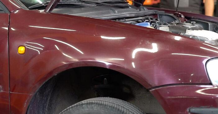 Wechseln Bremsscheiben am AUDI A3 Schrägheck (8L1) S3 1.8 quattro 1999 selber