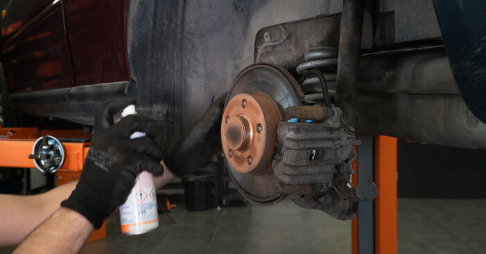 Changing Brake Pads on AUDI A3 Hatchback (8L1) S3 1.8 quattro 1999 by yourself
