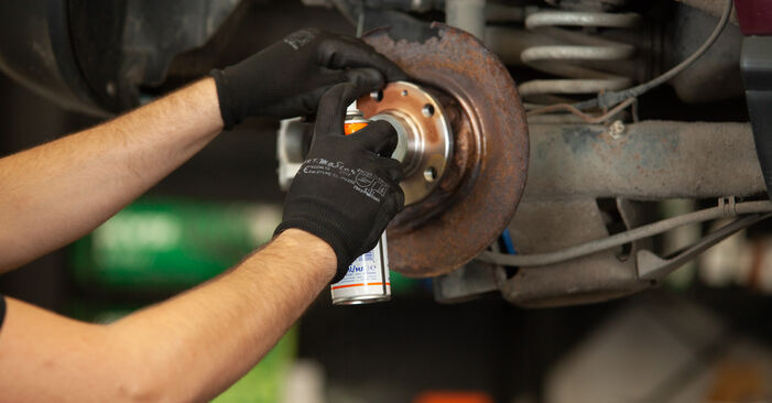 Need to know how to renew Wheel Bearing on AUDI A3 ? This free workshop manual will help you to do it yourself