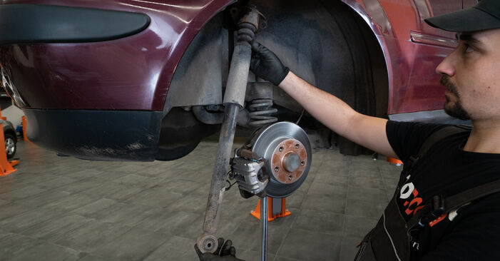 Replacing Strut Mount on Audi A3 8l1 1998 1.9 TDI by yourself