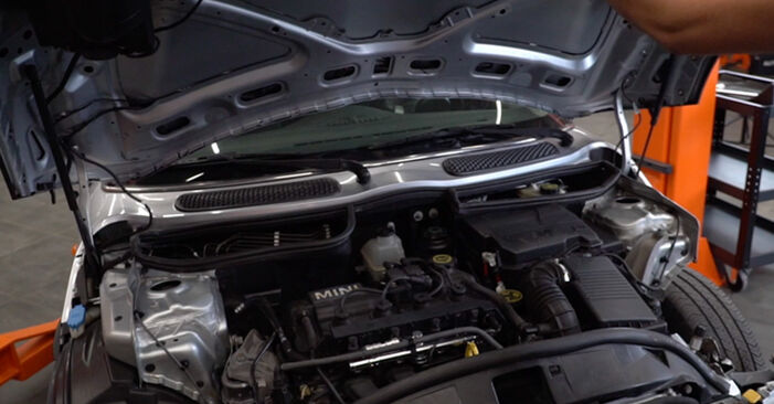 Wie Bremsbeläge Mini R50 1.6 Cooper 2001 tauschen - Kostenlose PDF- und Videoanleitungen