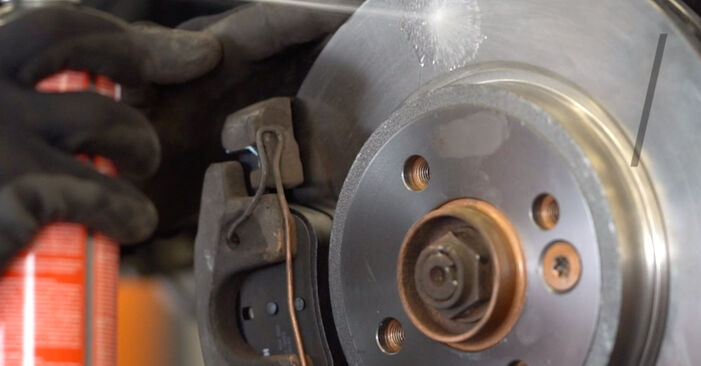 MINI MINI 1.6 S Works Brake Discs replacement: online guides and video tutorials
