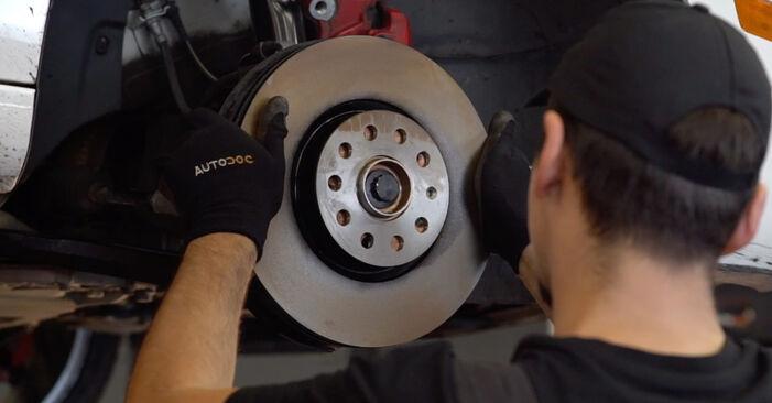 VW GOLF VI (5K1) 2008 Bremsscheiben - Anleitung zum selber Austauschen