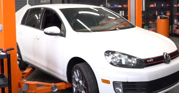 VW GOLF 2003 Bremsscheiben Schritt-für-Schritt-Tutorial zum Teilewechsel