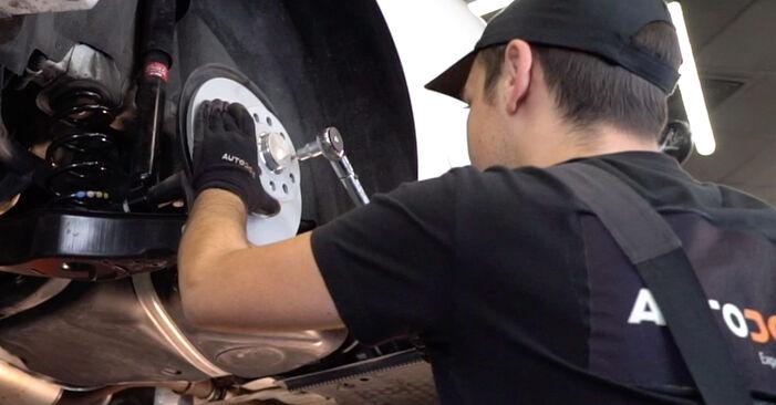 Bremsscheiben Golf 6 1.4 TSI 2005 wechseln: Kostenlose Reparaturhandbücher