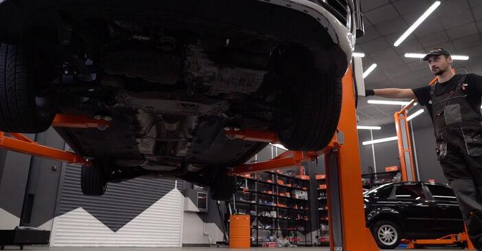 Hvordan man udskifter Tårnleje på VW GOLF VI (5K1) 2008: hent PDF manualer og video instruktioner