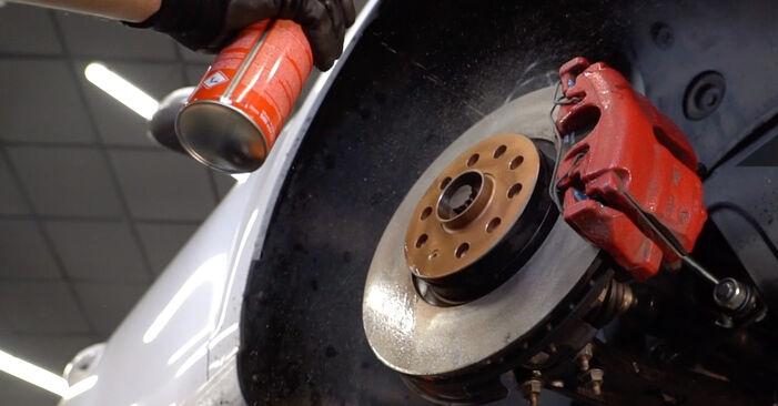 Hvordan skifte Bremseklosser på VW GOLF VI (5K1) 2008: Last ned PDF- og videoveiledninger