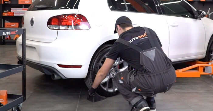 How to replace VW GOLF VI (5K1) 1.6 TDI 2004 Brake Pads - step-by-step manuals and video guides