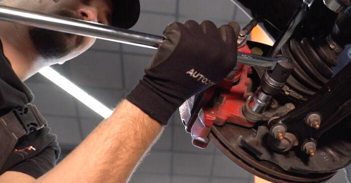 Cum să schimbați Rulment roata la VW GOLF VI (5K1) 2008 - sfaturi și trucuri utile