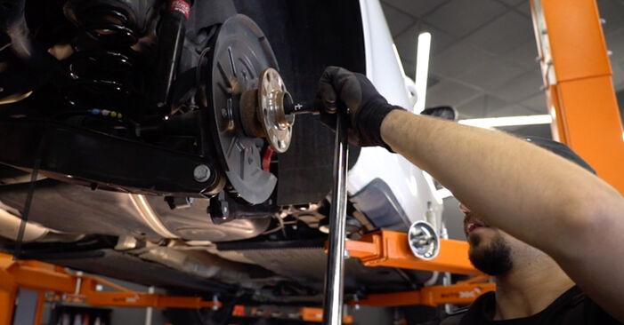 Zweckdienliche Tipps zum Austausch von Radlager beim VW GOLF VI (5K1) 1.4 TSI 2003