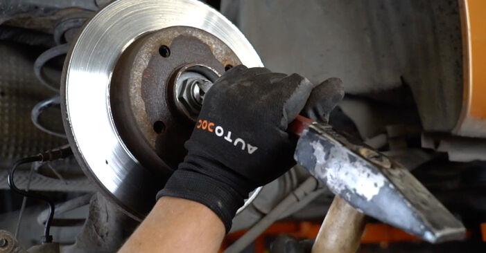 Bremsscheiben PEUGEOT 207 (WA_, WC_) 1.4 2008 wechseln: Kostenlose Reparaturhandbücher