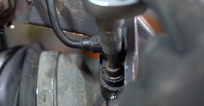 How to replace Wheel Bearing on FIAT PANDA (169) 2008: download PDF manuals and video instructions