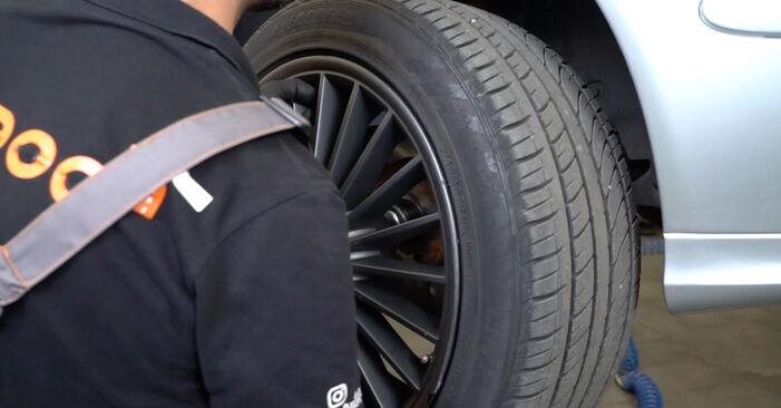 Wie schwer ist es, selbst zu reparieren: Bremsbeläge Mercedes W211 E 320 CDI 3.0 (211.022) 2008 Tausch - Downloaden Sie sich illustrierte Anleitungen