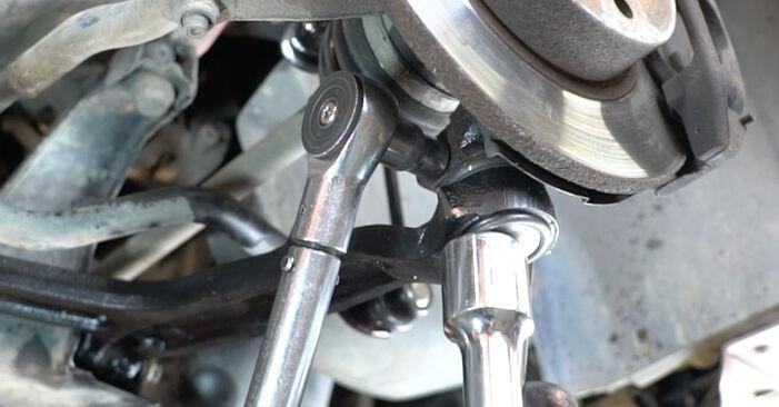 Comment retirer FIAT PANDA 1.2 4x4 2007 Bras de Suspension - instructions en ligne faciles à suivre