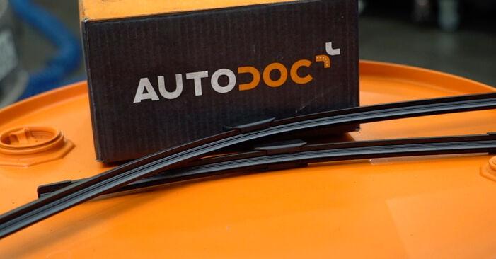 Wie Scheibenwischer Ford Focus mk2 Limousine 1.6 TDCi 2004 tauschen - Kostenlose PDF- und Videoanleitungen