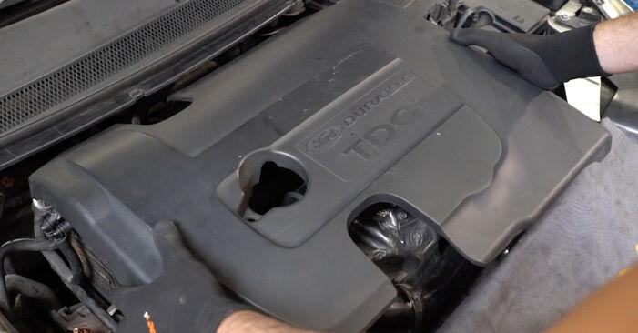 Ford Focus mk2 Limousine 1.8 TDCi 2005 Motorlager wechseln: Gratis Reparaturanleitungen