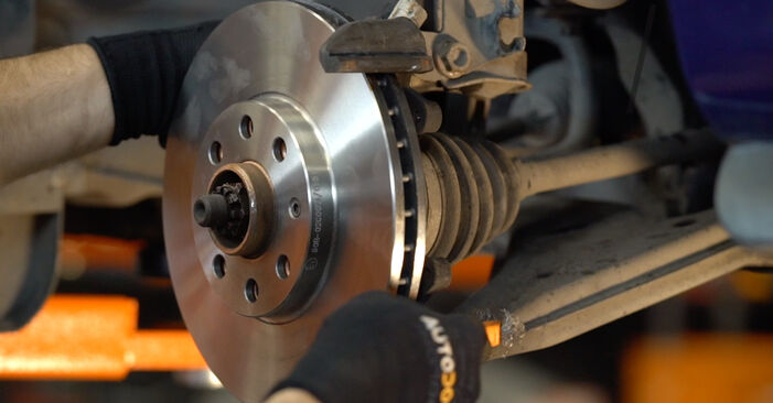How to remove OPEL ASTRA 1.7 DTI 16V (F08, F48) 2002 Brake Discs - online easy-to-follow instructions