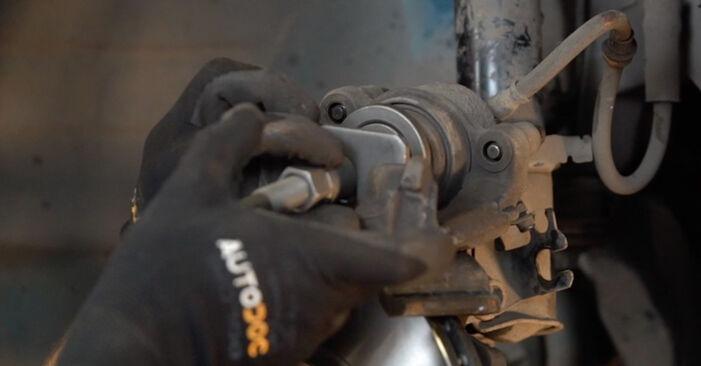 Zweckdienliche Tipps zum Austausch von Bremsbeläge beim OPEL Astra G CC (T98) 1.4 16V (F08, F48) 2000