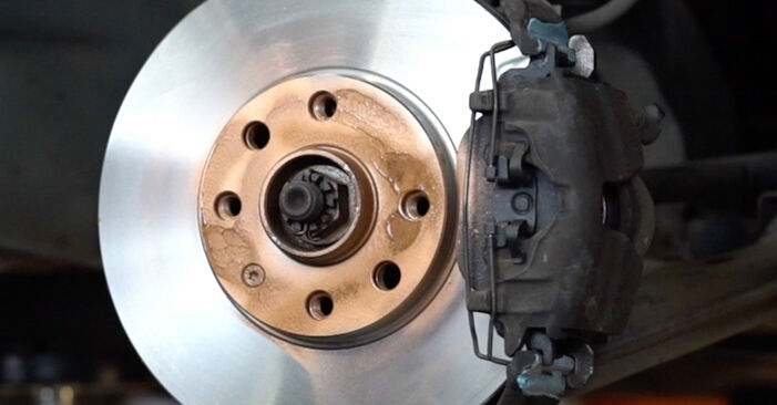 Astra G CC (T98) 1.7 DTI 16V (F08, F48) 2009 Спирачни Накладки наръчник за самостоятелна смяна от производителя