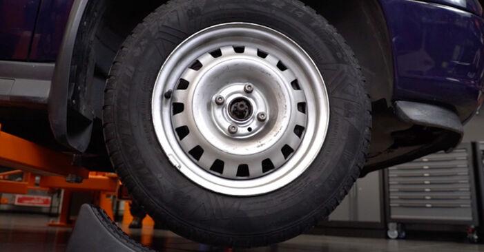 Wechseln Bremsbeläge am OPEL Astra G CC (T98) 2.0 DTI 16V (F08, F48) 2001 selber