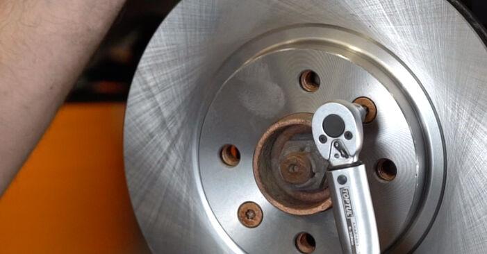 Zweckdienliche Tipps zum Austausch von Bremsscheiben beim RENAULT KANGOO (KC0/1_) 1.5 dCi 2011