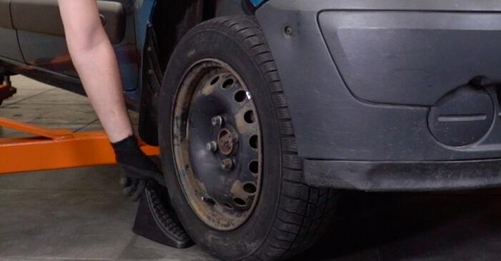 Cambio Pastillas De Freno en Renault Kangoo kc01 2005 no será un problema si sigue esta guía ilustrada paso a paso