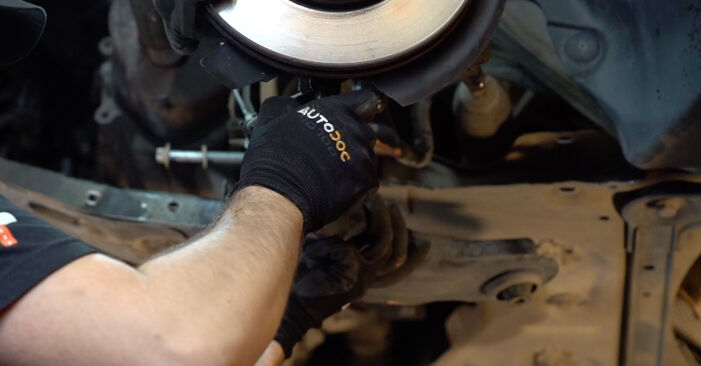 MEGANE II Saloon (LM0/1_) 1.4 2012 Control Arm DIY replacement workshop manual