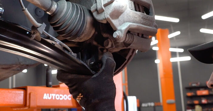 DIY replacement of Control Arm on RENAULT MEGANE II Saloon (LM0/1_) 1.5 dCi (LM1E) 2003 is not an issue anymore with our step-by-step tutorial