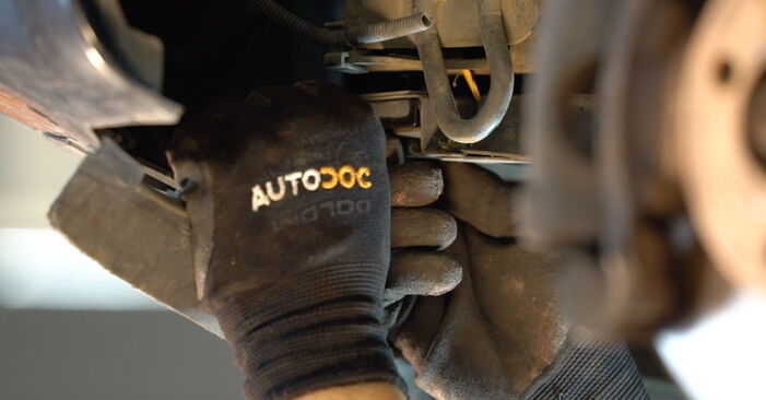 How to replace Control Arm on RENAULT MEGANE II Saloon (LM0/1_) 2006: download PDF manuals and video instructions