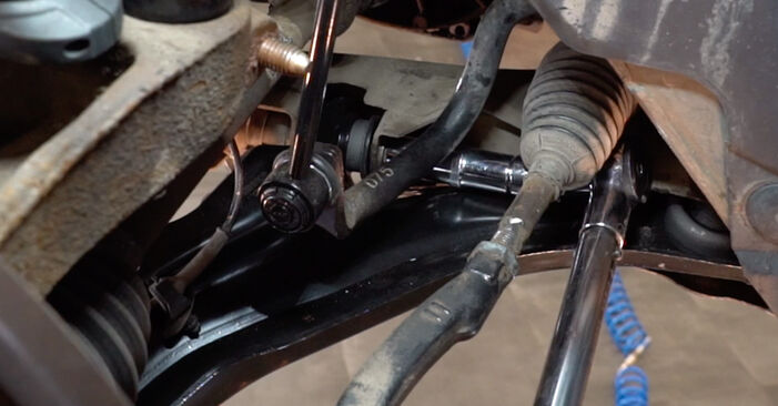 Replacing Control Arm on RENAULT MEGANE II Saloon (LM0/1_) 2011 1.6 by yourself