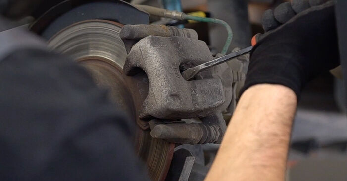 How hard is it to do yourself: Brake Pads replacement on RENAULT MEGANE II Saloon (LM0/1_) 1.6 16V (LM1R, LM0C) 2007 - download illustrated guide