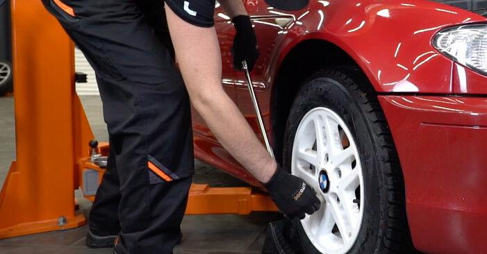 BMW e46 Cabrio 320Ci 2.2 2000 Bremsscheiben wechseln: Kostenfreie Reparaturwegleitungen