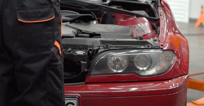 Wymiana Tarcza hamulcowa BMW 3 Convertible (E46) 1998 - darmowe instrukcje PDF i wideo