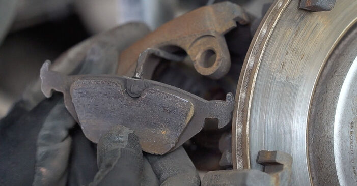 3 Convertible (E46) 323Ci 2.5 2001 Brake Pads DIY replacement workshop manual