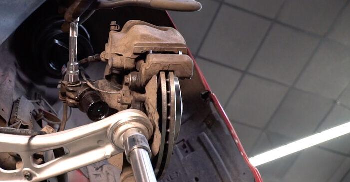 BMW 3 SERIES 320Ci 2.2 Domlager ausbauen: Anweisungen und Video-Tutorials online