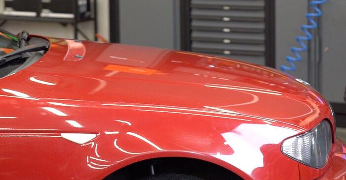 Wie schwer ist es, selbst zu reparieren: Domlager BMW e46 Cabrio 320Cd 2.0 2004 Tausch - Downloaden Sie sich illustrierte Anleitungen