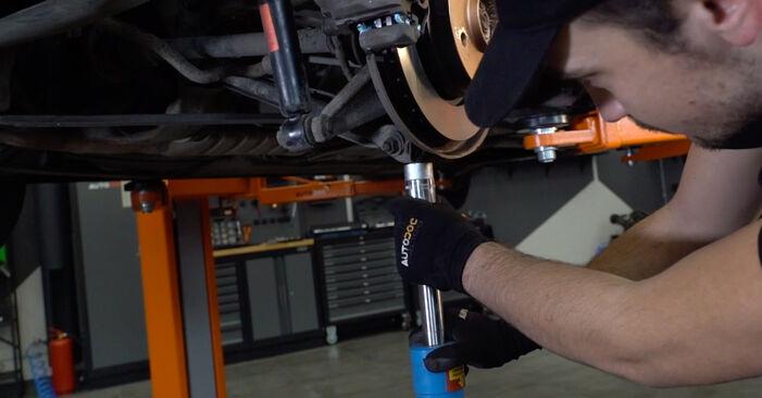 BMW 3 SERIES 330Ci 3.0 Coupelle d'Amortisseur remplacement: guides en ligne et tutoriels vidéo