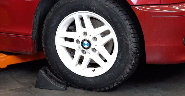 Kaip pakeisti BMW 3 Cabriolet (E46) 330Ci 3.0 1999 Vikšro Valdymo Svirtis - išsamios instrukcijos ir vaizdo pamokos