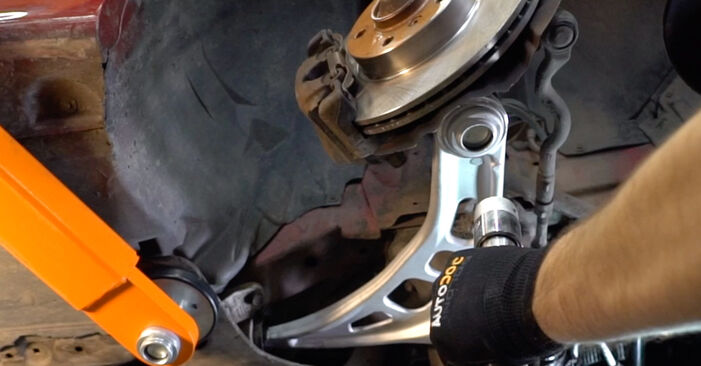 Changing of Control Arm on BMW 3 Convertible (E46) 1998 won't be an issue if you follow this illustrated step-by-step guide