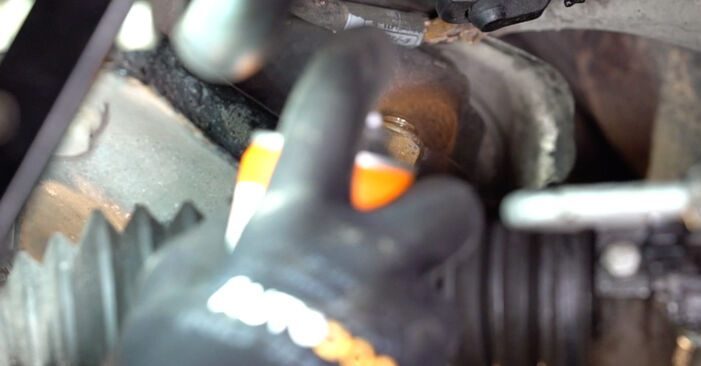Replacing Control Arm on BMW 3 Convertible (E46) 2000 330Ci 3.0 by yourself