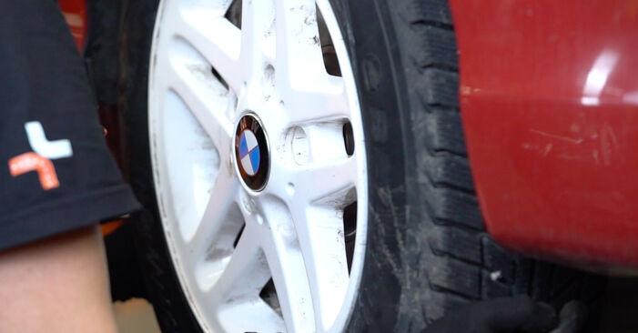 Austauschen Anleitung Bremsschläuche am BMW e46 Cabrio 2000 330Ci 3.0 selbst