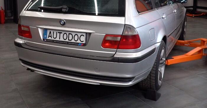 Comment remplacer BMW 3 Touring (E46) 320d 2.0 1999 Plaquettes de Frein - manuels pas à pas et guides vidéo