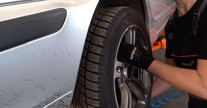 Comment remplacer Plaquettes de Frein sur BMW 3 Touring (E46) 2003 : téléchargez les manuels PDF et les instructions vidéo