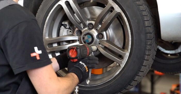 Motorlager am BMW 3 Touring (E46) 330i 3.0 2003 wechseln – Laden Sie sich PDF-Handbücher und Videoanleitungen herunter