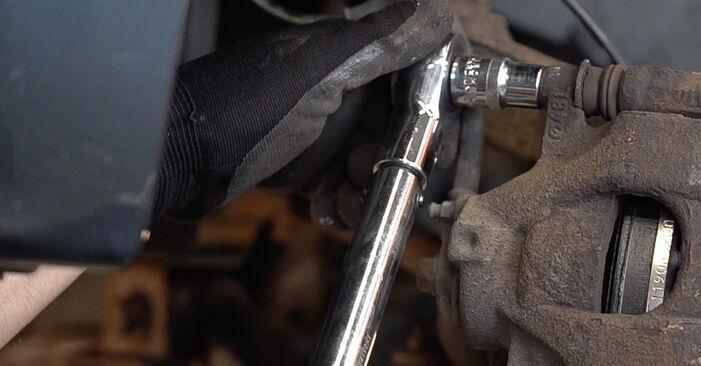 Toyota Aygo ab1 1.4 HDi 2007 Bremsbeläge austauschen: Unentgeltliche Reparatur-Tutorials