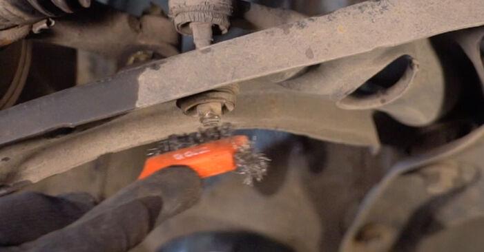 Querlenker Ihres Toyota Aygo AB1 1.0 GPL (KGB10_) 2013 selbst Wechsel - Gratis Tutorial