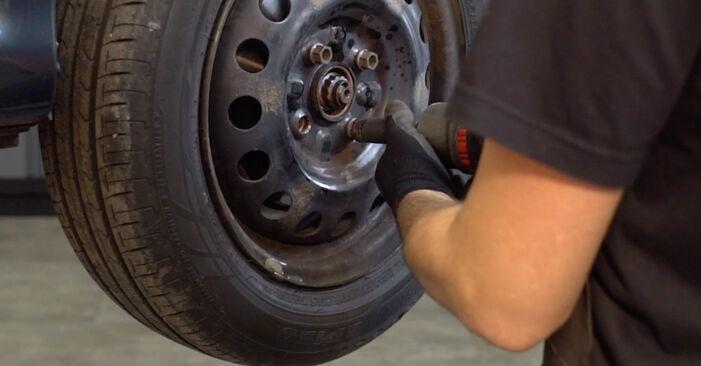 Querlenker Toyota Aygo AB1 1.0 GPL (KGB10_) 2007 wechseln: Kostenlose Reparaturhandbücher