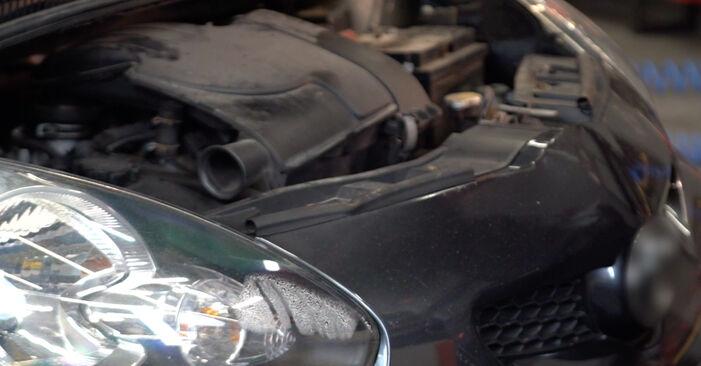 Wie Keilrippenriemen Toyota Aygo AB1 1 2005 tauschen - Kostenlose PDF- und Videoanleitungen